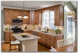Inexpensive Kitchen Island Chic Small Kitchen Ideas On A Budget Small Kitchen Island