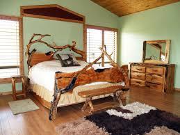 rustic bedroom interior decorating ideas with unique wooden log