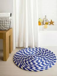 Round Bathroom Rugs by Unique Blue And White Round Rug Design For Small Bathroom Ideas
