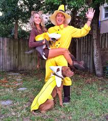 halloween costume ideas pairs curious george the man in the yellow hat and bananas couple