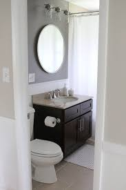Bathroom Cabinet With Mirror And Light by Best 25 Round Bathroom Mirror Ideas On Pinterest Minimal