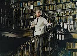 Les scènes de librairies et de bibliothèques au cinéma! Images?q=tbn:ANd9GcT-TzuqqsyxnRaIZ1TeYBU568SjG_tGmKgS2Wdg-d6pXOMg2Z_TgQ
