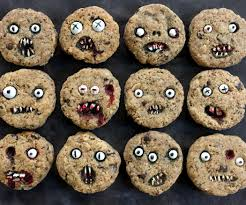 creepy chocolate chip cookies 3 steps with pictures