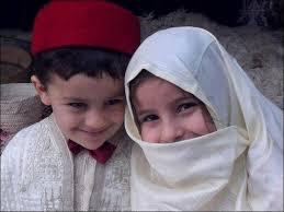 اطفال باللباس التقليدي الجزائري images?q=tbn:ANd9GcT