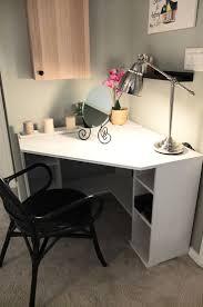 Ikea Computer Desk With Hutch by Best 25 Corner Desk Ideas On Pinterest Computer Rooms Corner
