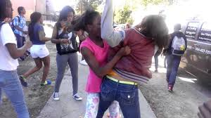 caught on camera ghetto girls backyard fight 2016 street fights