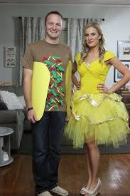 Family Of 3 Halloween Costume by 15 Diy Couples And Family Halloween Costumes Onecreativemommy Com