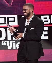 Drake  amp  Jennifer Lopez  Dating     The Hollywood Gossip Drake Wins Again