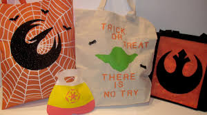 personalized halloween totes diy star wars trick or treat bags starwars com