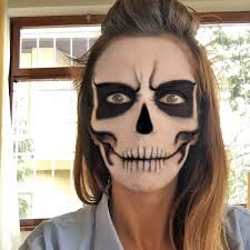 Skeleton Makeup For Halloween by