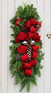 how to make a christmas swag outdoor christmas swag and decoration
