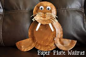 crafting with paper plates