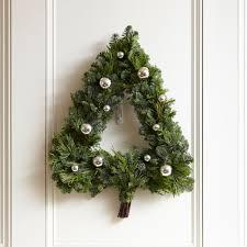 20 winter wreaths u0026 door decorations you can display all season