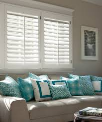 Windows Treatment Ideas For Living Room by Best 25 Wood Blinds Ideas On Pinterest Faux Wood Blinds Faux