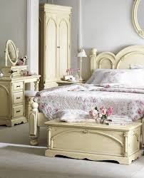 Maple Wood Bedroom Furniture Shabby Chic Bedroom Furniture White Shabby Chic Bedroom