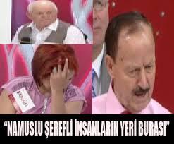 Maaz Amca talip olduğu Mahin Hanımın gönlünü almaya çalışırken söz alan Ahmet Amca, Maaz Amca'nın bir dostu olduğunu ileri sürünce ortalık karıştı. - d70_06db8