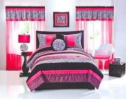 bedroom window treatments and pedestal side table with table lamp