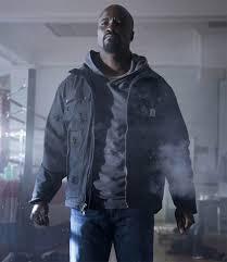 Luke Cage: Primeiro trailer mostra superforça ao som de hip-hop ...