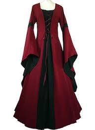 dans robe de soiree gothique