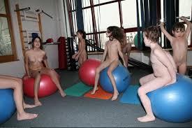 PureNudism gym'|