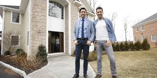 How To Get On Property Brothers by What It U0027s Like Working With The U0027property Brothers U0027