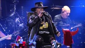 Chair Rock Angus Ac Dc With Axl Rose Shoot To Thrill Lisbon May 7th 2016