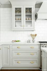 Backsplash For Kitchen Ideas Best 25 Traditional White Kitchens Ideas Only On Pinterest