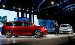does lexus make minivan chrysler makes over mom u0027s minivan