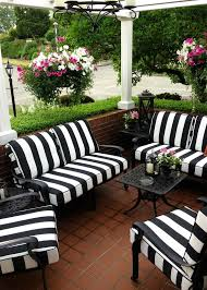 White Wicker Outdoor Patio Furniture by Best 25 Patio Furniture Cushions Ideas On Pinterest Cushions
