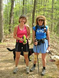 Sue and her Trail Angel, Lynn DiFiore. Check out the lovely ITB strap and knee support! 5-9-05 - lynn2