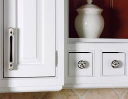 cabinet refreshing kitchen cabinet pulls lowes favored kitchen