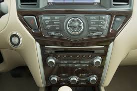 nissan altima jerks while driving 2013 nissan pathfinder warning reviews top 10 problems