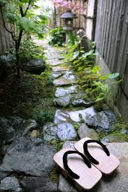 Rock Garden Plants Uk by How To Plant A Japanese Garden In A Small Space Good Housekeeping