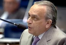 Leitura Crítica » Sergio Guerra ironiza Jarbas e chama senador de ... - sergio-guerra2