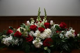 Table Flower Arrangements Red And White Table Flower Arrangement Jpg Albums Dandelions