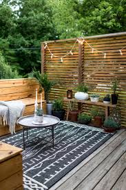 Backyards Ideas Patios by Best 25 Small Patio Decorating Ideas On Pinterest Cinder Blocks