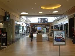 Jcpenney Clocks File Christiana Mall Between Macy U0027s And Jcpenney Jpg Wikimedia