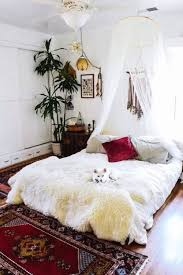 Feng Shui Bedroom Decorating Ideas by How To Work With Feng Shui Colors Nuggwifee Beast And Bohemian