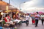 ตลาดประมงท่าเรือพลี สวรรค์วันเสาร์ของคนรักอาหารทะเล