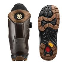 flow snowboard boots hylite heel lock focus boa closure stiff