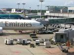 File:Singapore changi airport ground handling emirates.JPG ...