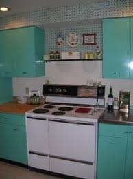 Retro Metal Kitchen Cabinets by 10 Best Animal Figurines Images On Pinterest Figurines