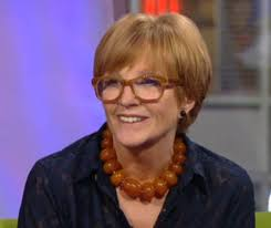 Anne Robinson made a departure from her usual small dark frames to wear a larger softer coloured frame for her appearance on BBCs The One Show last week. - Anne-Robinson-2