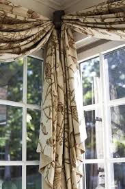 Windows Treatment Ideas For Living Room by Best 20 Bay Window Treatments Ideas On Pinterest Bay Window