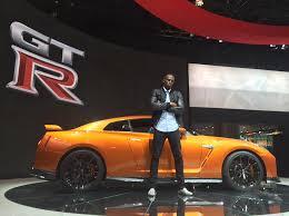Usain Bolt aparece na apresentação do Nissan GT-R 2017 ...
