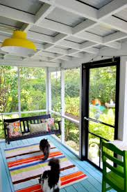 Side Porch Designs by Best 25 Screened Deck Ideas Only On Pinterest Screened In Deck