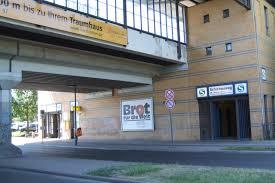 Schichauweg railway station