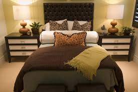 Bedroom Decorating Ideas Cheap Bedroom Medium Bedroom Decorating Ideas Brown And Cream Cheap