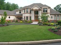 simple landscaping ideas for front of house applying to your lawn