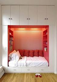 Designing Ideas For Small Spaces Best 10 Space Saving Bedroom Ideas On Pinterest Space Saving